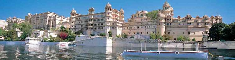 1298713749udaipur city palace.JPG